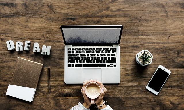 Ako by mal vyzerať ideálny notebook alebo vyberme zlatú strednú cetu