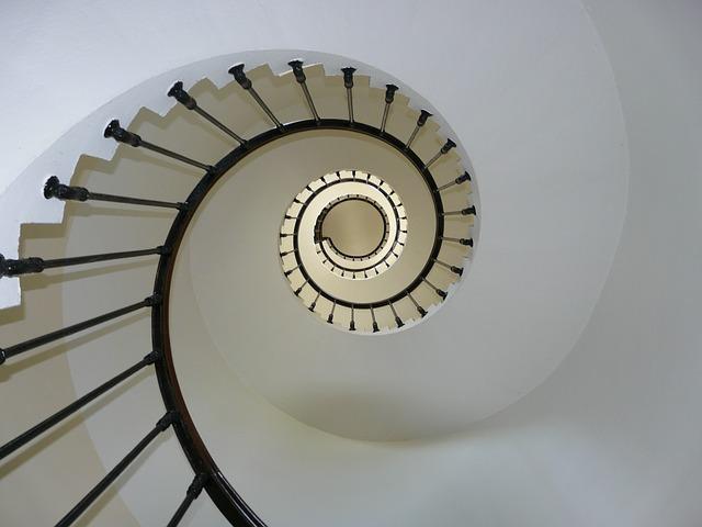 K schodisku patrí takisto kvalitné a elegatné zábradlie
