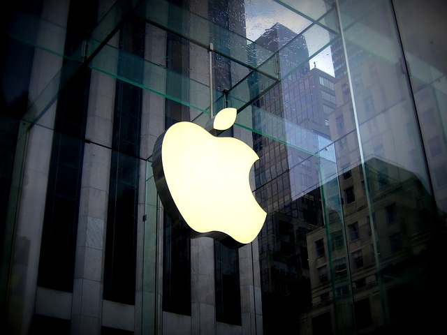 budova apple.jpg