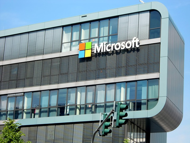 Spoločnosť Microsoft opravuje chyby systému Windows10, ktorú zistila agentúra NSA